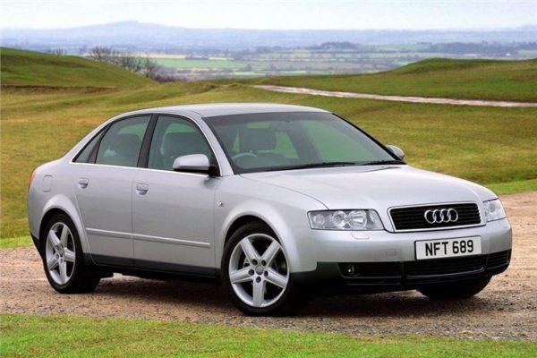 Audi_A4_2001_(2)